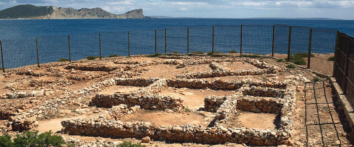 HISTORIA -  Poblado fenicio de sa Caleta